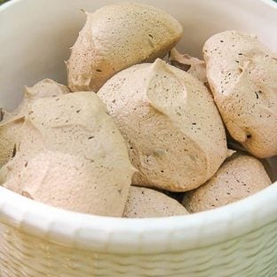 Chocolate Chip Meringues | Crisp exteriors with chewy, chocolate centers