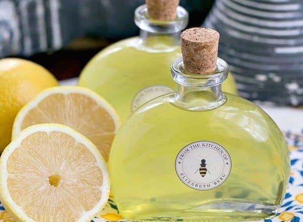 Limoncello | An exquisite Italian lemon liqueur you can make at home
