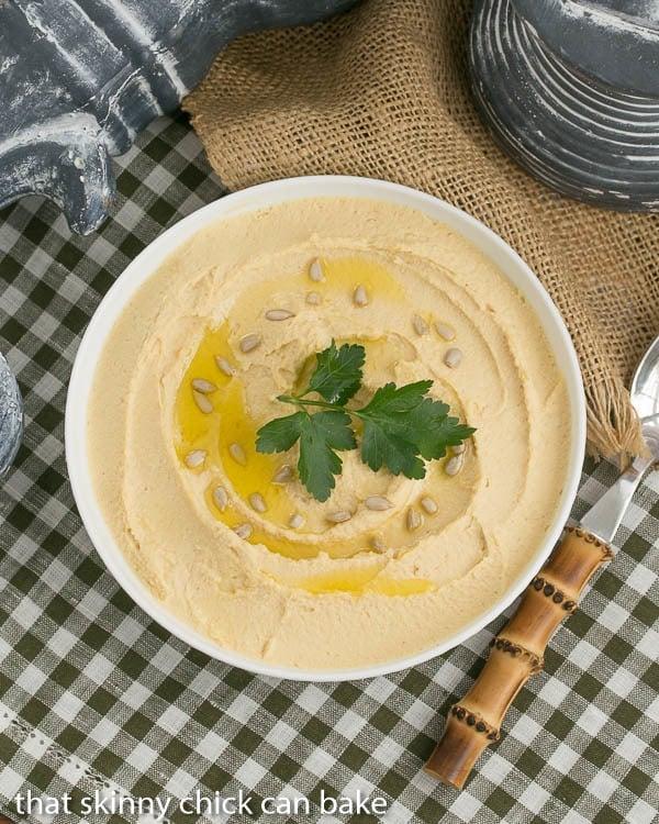 Hummus | Classic Hummus simply flavored with lemon and garlic