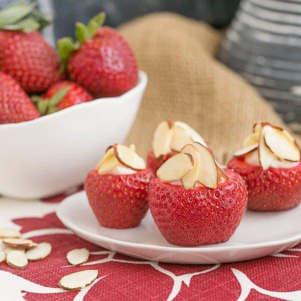 Cheesecake Stuffed Strawberries | An easy, irresistible sweet treat!