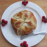 Baked Brie with Raspberries