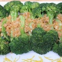 Garlicky Crumb-Coated Broccoli
