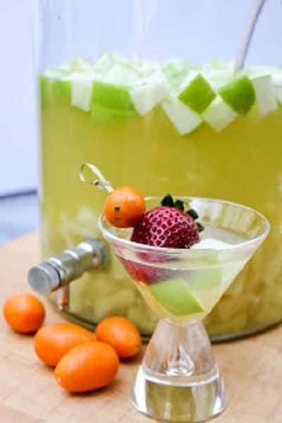White Wine Sangria | White wine, lemonade concentrate, Grand Marnier, fresh fruit and more make for the perfect summer sangria!
