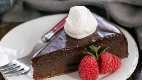 Flourless Chocolate Cake With Ganache Topping That Skinny Chick