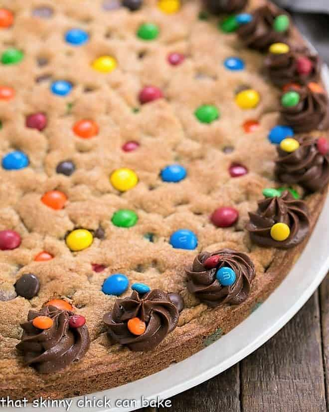 Close view of chocolate chip cookie cake