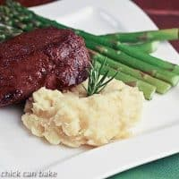 Filet Mignon with a Red Wine Balsamic Sauce