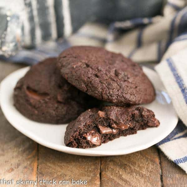 Double Chocolate Cookie Bites | Easy cookies for chocolate lovers!