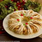 Holiday Cream Cheese Tea Ring #SundaySupper #HomefortheHolidays