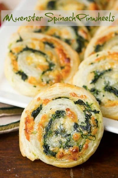Muenster and Spinach Pinwheels - an easy, outrageously delicious and addictive appetizer! #puffpastry #appetizer #pinwheels #puffpastrytips