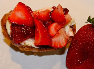 Balsamic Strawberry Crostini