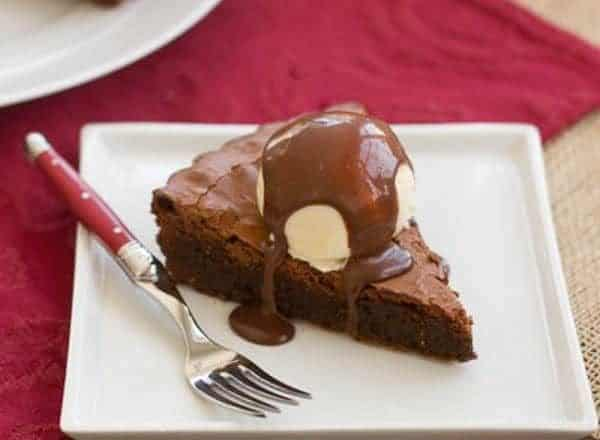Chocolate Brownie Tart | That Skinny Chick Can Bake