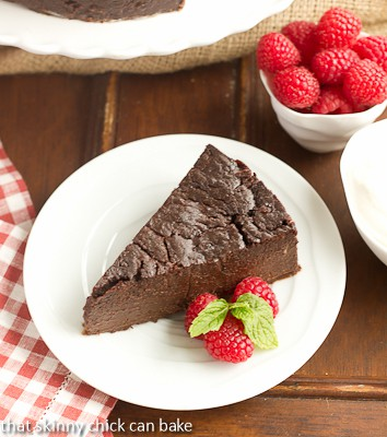 Decadent Chocolat Poke Cake Recipe
