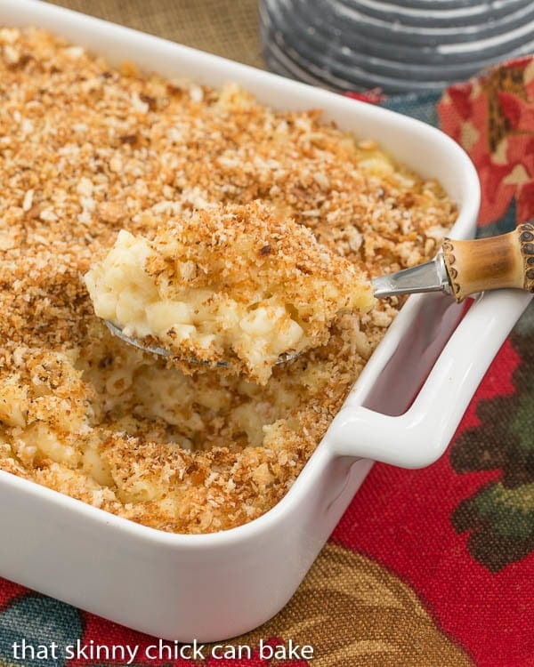 Classic Macaroni and Cheese | A delicious blend of cheeses and pasta with a buttery crumb topping