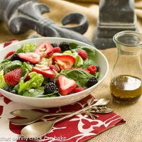 Spinach Almond and Berries Salad