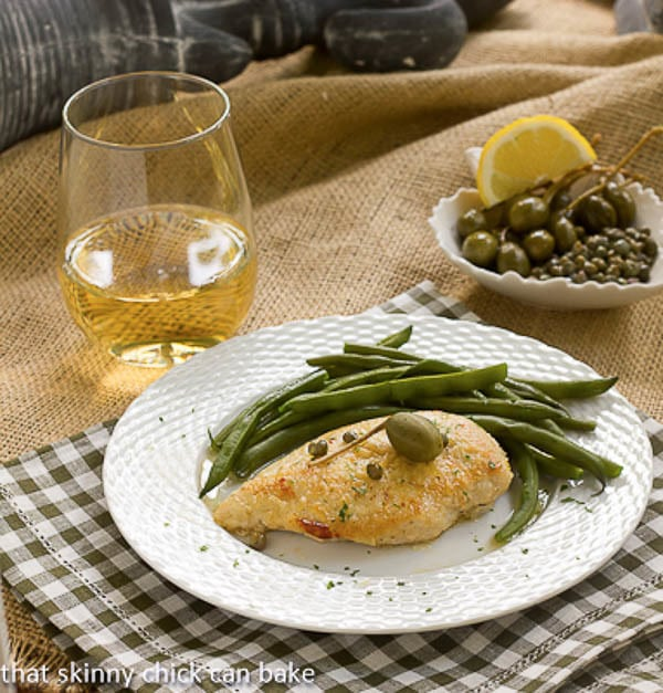 Easy Chicken Piccata | A simple lemon chicken that tastes gourmet!