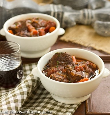 Beef_Stew_with_Red_Wine_Carrots_and_Tomatoes (2)