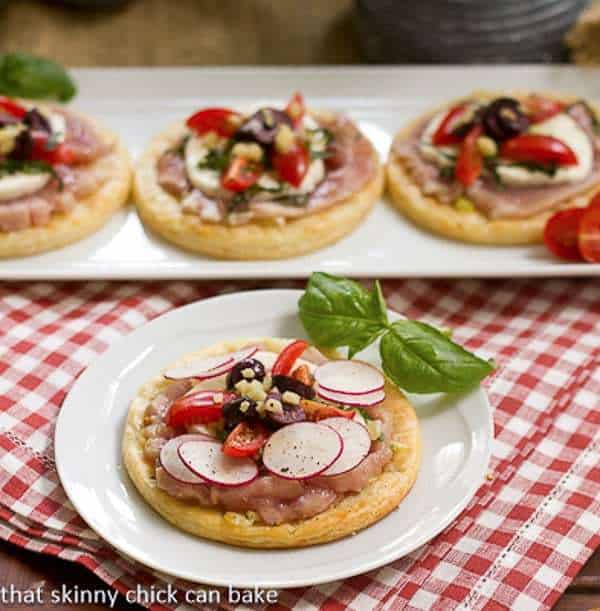 Fresh Tuna, Mozzarella and Basil Pizza | Easy, elegant mini pizzas featuring ahi tuna