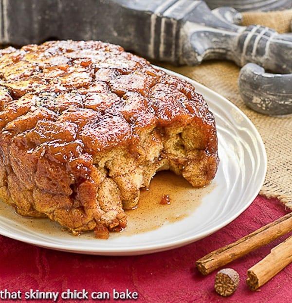 Apple Monkey Bread | Super easy, irresistible breakfast made in the crockpot