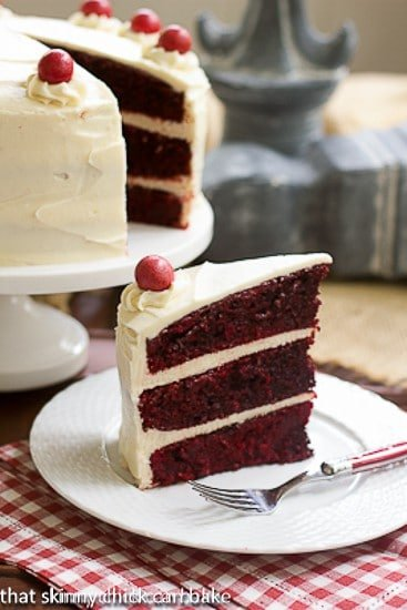 Red_Velvet_Cake_with_White_Chocolate_Cream_Cheese_Frosting-3