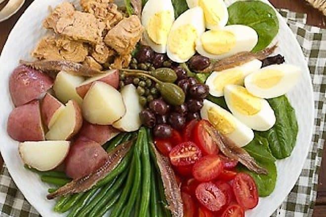 Salade Niçoise featured image