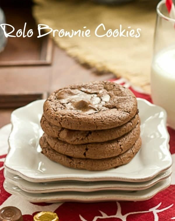 Rolo Brownie Cookies - Scrumptious treat with a caramel surprise in the middle #cookies #chocolatecookies #browniecookies #rolocookies
