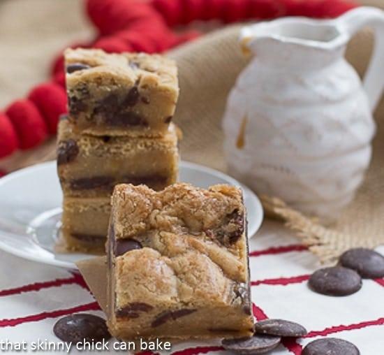 Caramel_Chocolate_Chip_Cookie_Bars-6