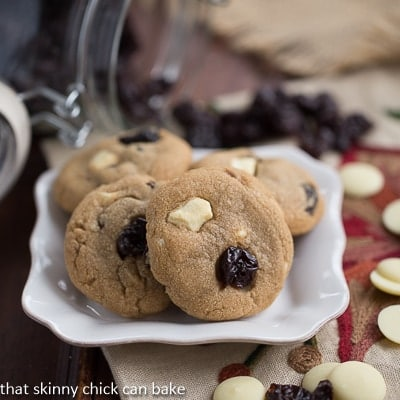 Biscoff_Cookies_with_Dried_Cherries_and_White_Chocolate_Chunks (4)