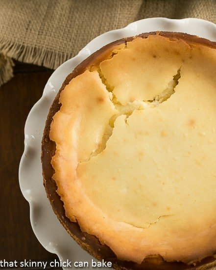 Lemon Bar Cheesecake cracks
