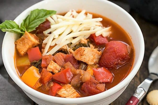 Chicken and Bell Pepper Chili featured image