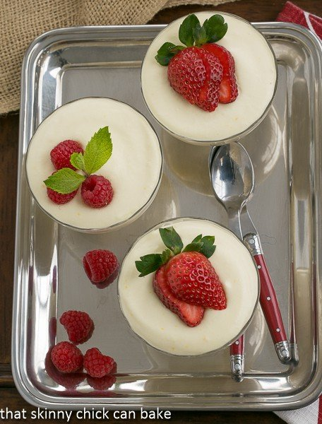 White_Chocolate_Mousse_with_Frangelico (3)