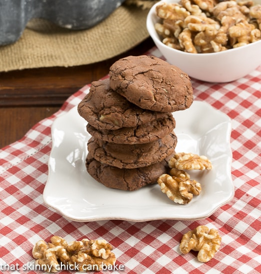 Chocolate-Toffee Cookies | Brownie cookies with chunks of toffee and roasted walnuts!