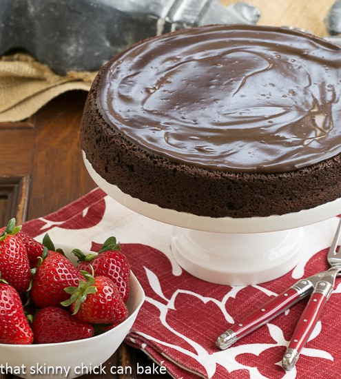 Flourless Double Chocolate Cake | An intensely chocolate cake for you chocoholics