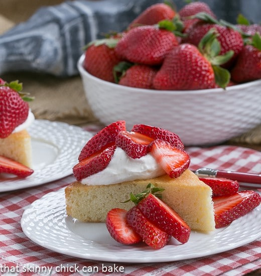 Visitidine: French Sponge Cake perfect for strawberry shortcakes