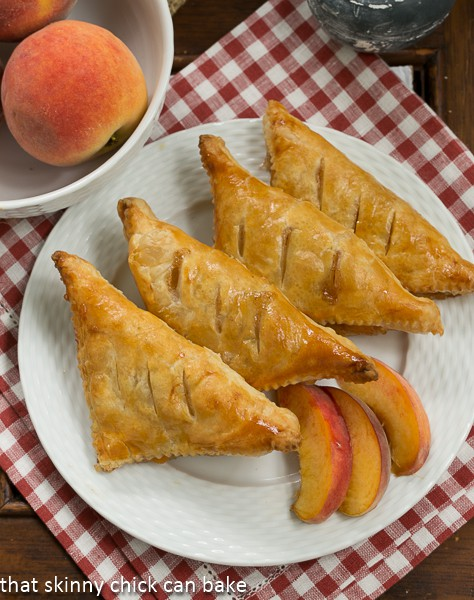 Chaussons aux Pêches | Peach turnovers for Bastille Day