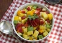 Mango Strawberry Avocado Salad #SkinnyTip #Giveaway