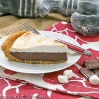 S'mores Pie | Graham cracker crust, chocolate filling and a marshmallow topping! Heavenly!