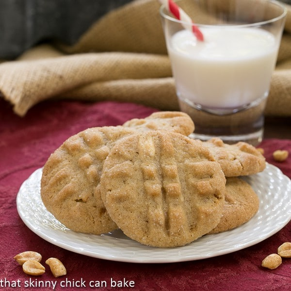 Classic Peanut Butter Cookies | That Skinny Chick Can Bake