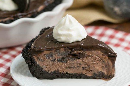 Fudge Topped Chocolate Ice Cream Pie | Easy Ice Cream Pie Recipe