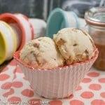 Vanilla Caramel Swirl Ice Cream #IceCreamWeek #Giveaway