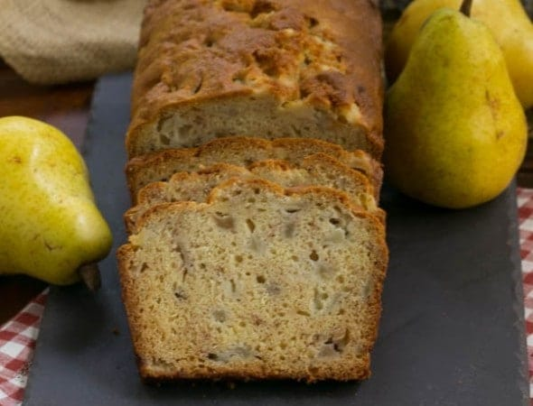 Sour Cream Pear Bread | a lightly spiced quick bread chock full of pears