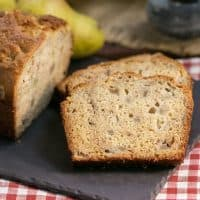 Sour Cream Pear Bread | A delectable autumn quick bread with subtle warm spices and chunks of fresh pears