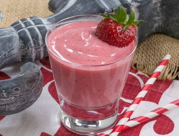 Berry Smoothies | A yummy way to incorporate lots of berries into your diet!