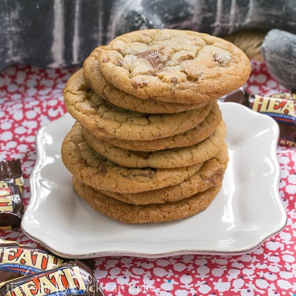 Brown Butter Toffee Cookies | That Skinny Chick Can Bake