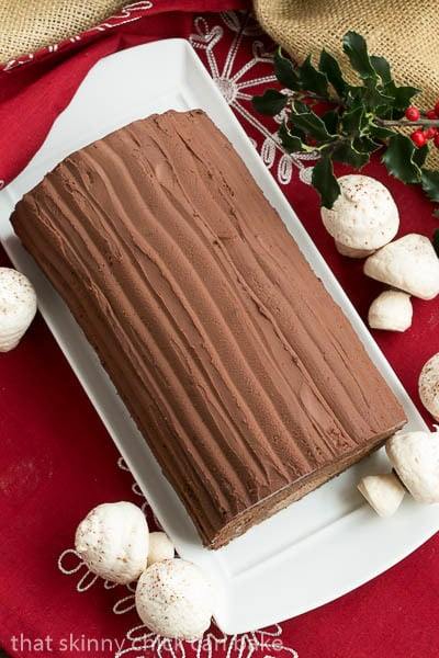 Buche de Noel | A classic French Christmas yule log with cake, mousse and chocolate ganache!