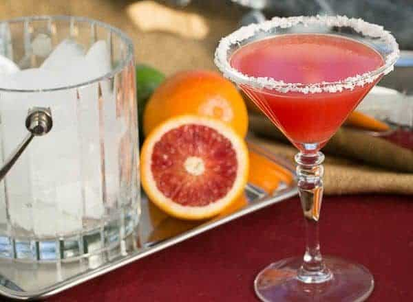 Blood Orange Margaritas | That Skinny Chick Can Bake