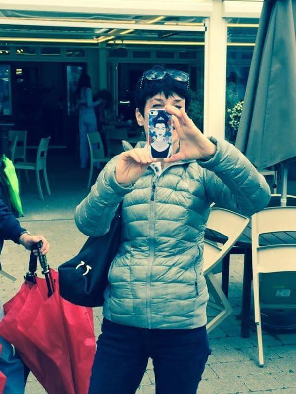 Liz with iphone