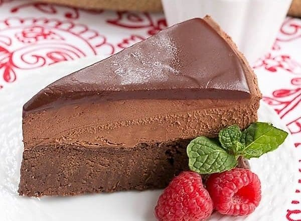 Frozen Chocolate Mousse Cake - An exquisite, frozen, swoon worthy chocolate dessert!