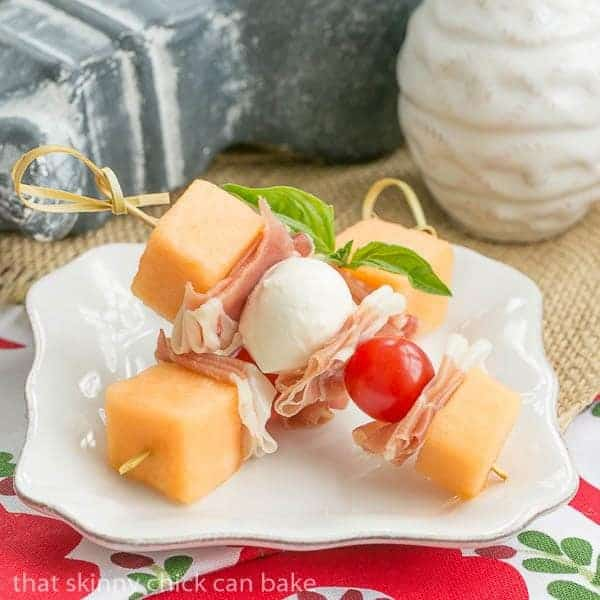 Melon and Prosciutto Skewers - Easy appetizer with the taste of Italy