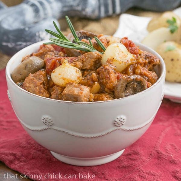 Veal Marengo - A classic French recipe with veal, tomatoes, onions and white wine
