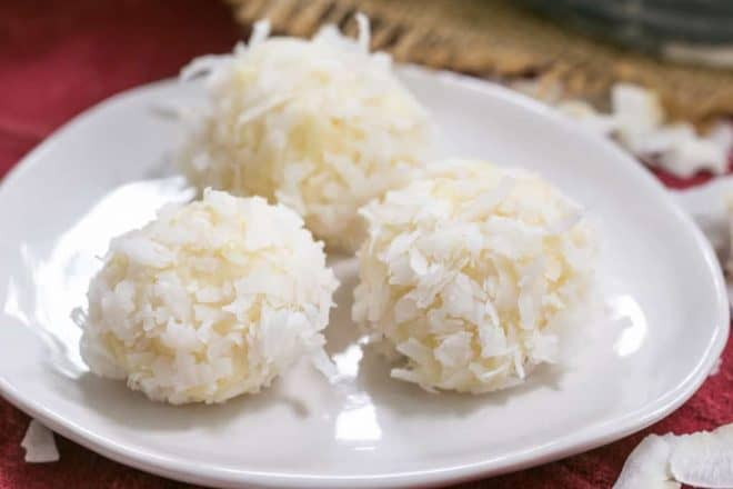 Coconut White Chocolate Truffles | An easy, decadent 4 ingredient recipe! Perfect for gifts!